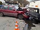 Busz ütközött személyautóval, egy sérült Miskolcon - boon.hu
