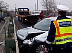 Szalagkorlátnak ütközött egy Volkswagen Miskolcon - boon.hu