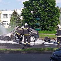 Autó égett az Avason I. - boon.hu