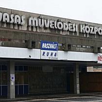 Eladó a Vasas Művelődési Ház - boon.hu