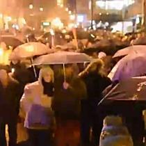 Demonstráció Miskolcon - Vonulás a Hermantól a belvárosig - boon.hu