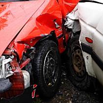 Két autót ütött ki a Ford a Harsányi úton - boon.hu