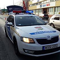 Busz hajtott át a gyalogos kezén Miskolcon - boon.hu