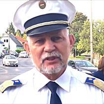 Rendőrök segítik az iskolába induló gyerekeket -  boon.hu
