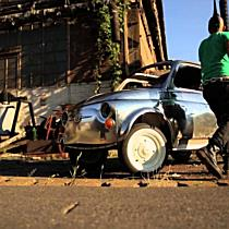 Fémtiszta Fiat 500-as épül Miskolcon - boon.hu