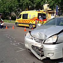 Citroën elé kanyarodott a Suzuki, kórházba került a vezetője Miskolcon - boon.hu