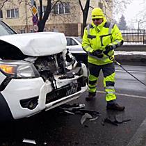 Négyes ütközés Miskolcon - Egy autó lökött meg hármat a Szentpéteri kapuban - boon.hu