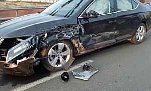 Öt autó és egy busz balesete bénította meg Miskolc belvárosát - boon.hu