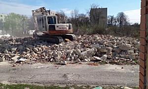 Számozott utcai házak bontása