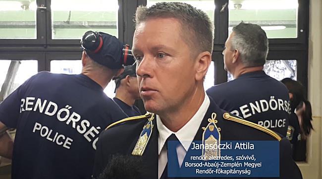 Világkupán ropogtak a rendőrpisztolyok - boon.hu