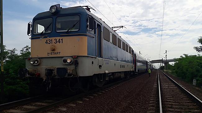 Tragédia a síneken Emődnél - boon.hu