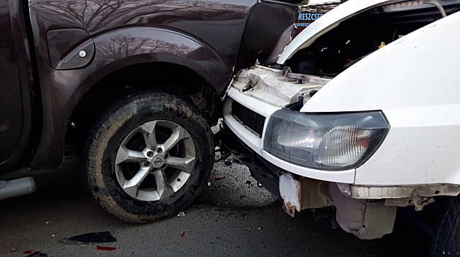 Négy autó ütközött Miskolcon, 3 sérült lett belőle - boon.hu