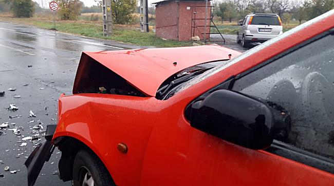 Opelbe rontott a Suzuki a 3-as főúton - boon.hu