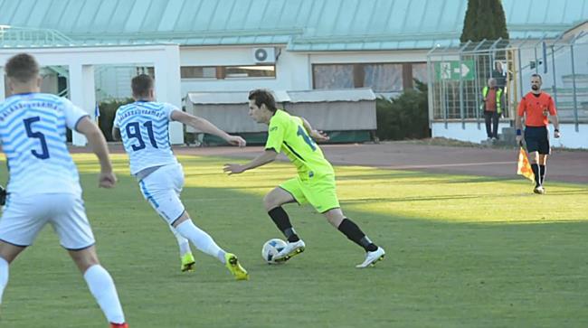 Tiszaújváros Balassagyarmat NB III-as focimeccs - boon.hu